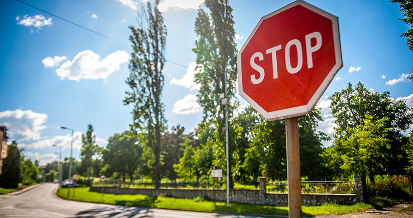 stop sign violation accidents