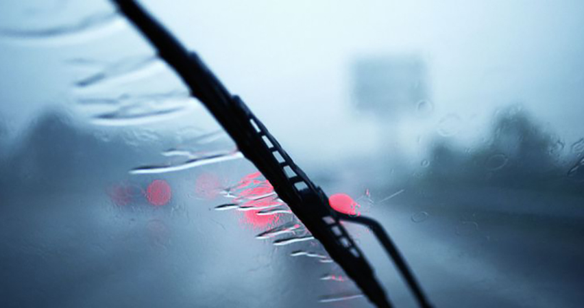 accidents caused by faulty wiper blades